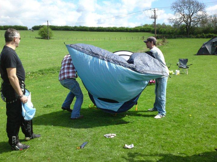 how to put away a pop up tent